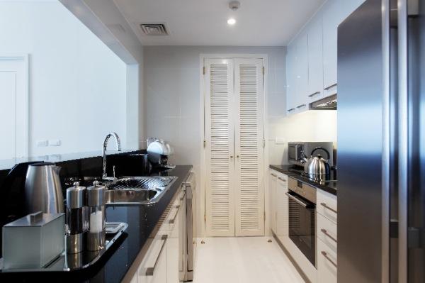 One Bed Kitchen 01