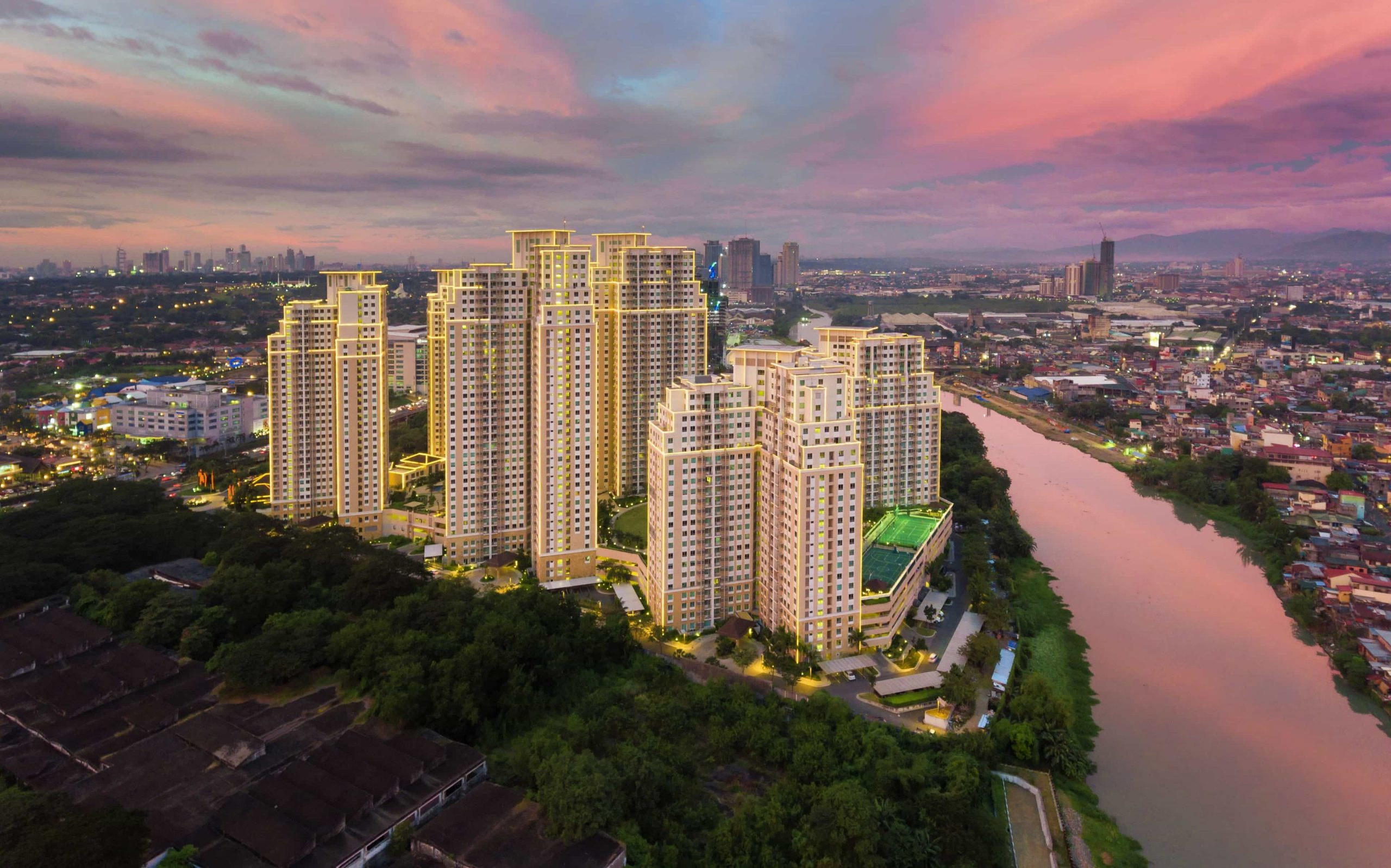 Re Sell Studio unit of The Grove by Rockwell
